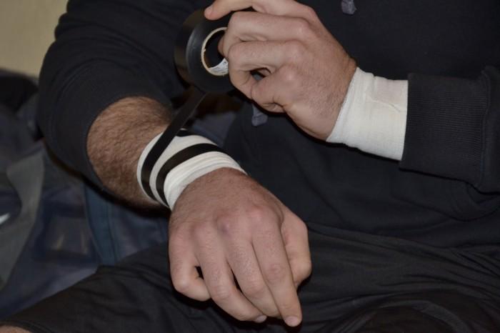 Rugby LSC - Bien maintenir les poignets pour le grand choc
