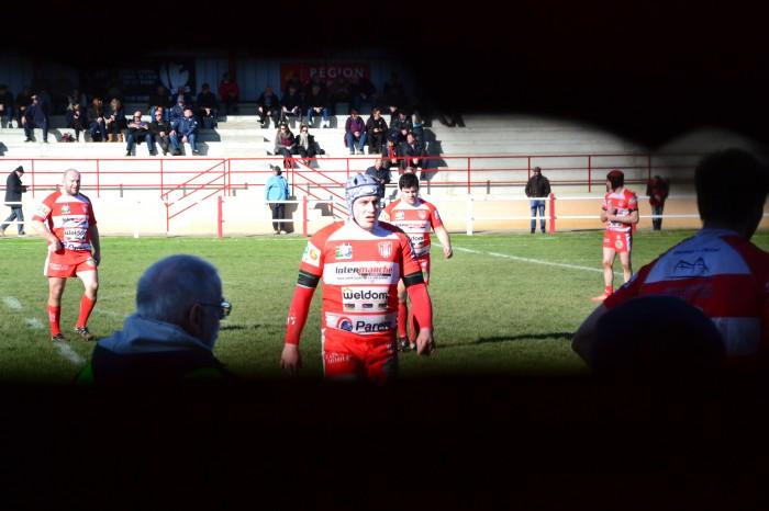Rugby LSC - L'équipe B vue par un trou de souris dans le mur du vestiaire !