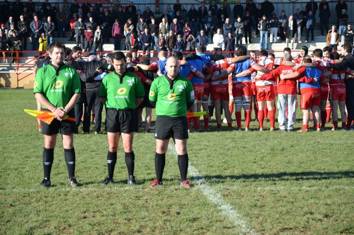 Rugby LSC - Minute de silence en hommage à deux dirigeants disparus : le secrétaire Guy Feuillerat et le kiné et confident Bernard  Vedel