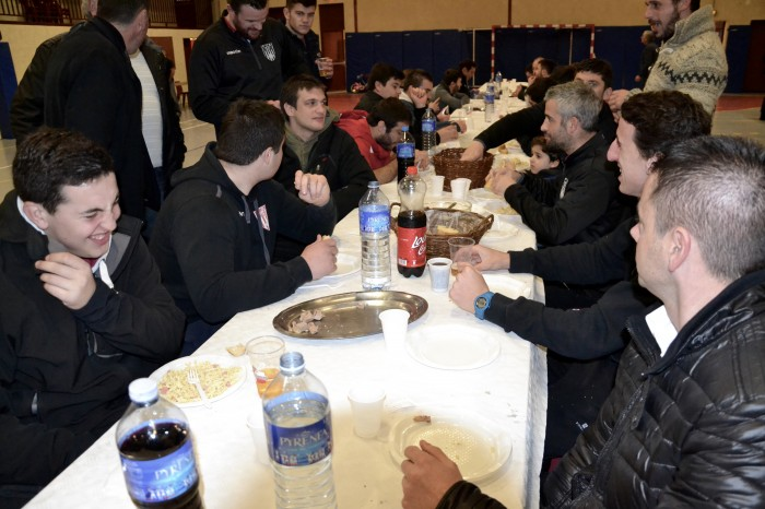 Rugby LSC - Le banquet d'après-match en attendant la 3ème mi-temps... Mais là s'arrête le reportage.