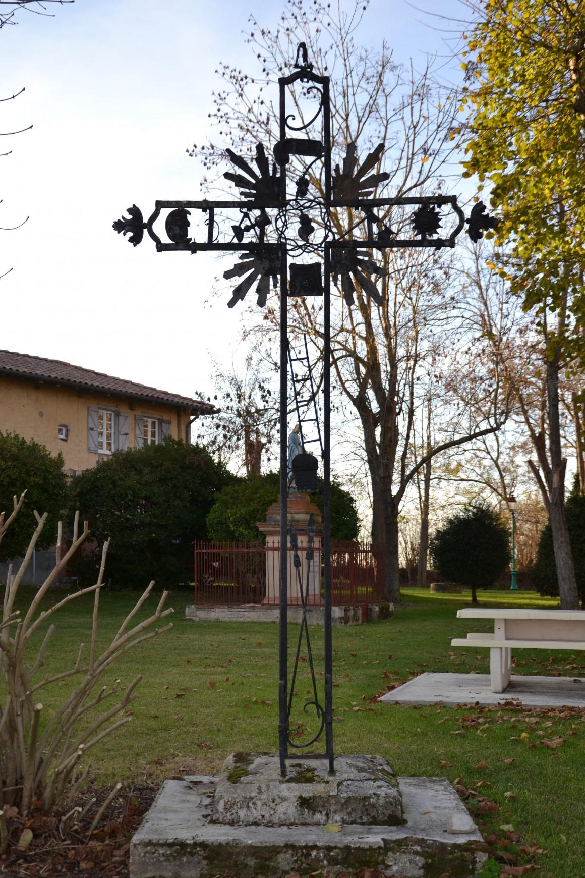 Laymont - Croix de Jean-Pierre Bertin