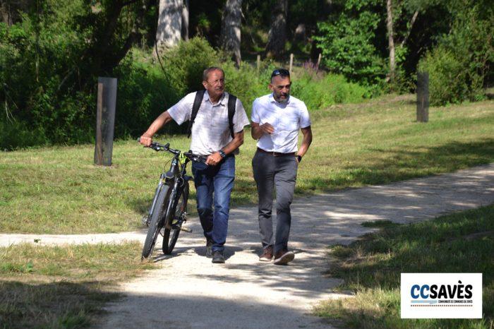 Lombez- Un été dans le Savès juillet 2021-4 - Paul Claudel guide le président Lefebvre vers les chevaux