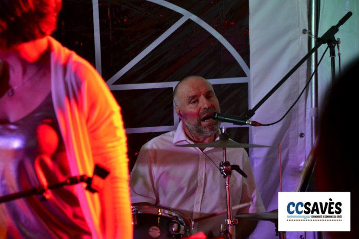 Un été dans le Savès - Savignac juillet 2021-10 - Batteur chanteur
