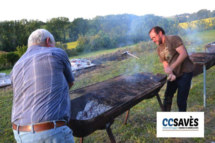 """Un été dans le Savès - Savignac juillet 2021-2 - Les """"grilladeurs"""" en action"""